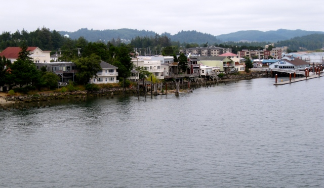 Florence sits on the Siuslaw River. Although it's at the coast, it's not on the ocean.