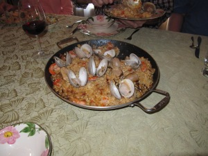 I helped my sister fix  a big pan of paella for a special dinner celebrating my brother's fiance's birthday.
