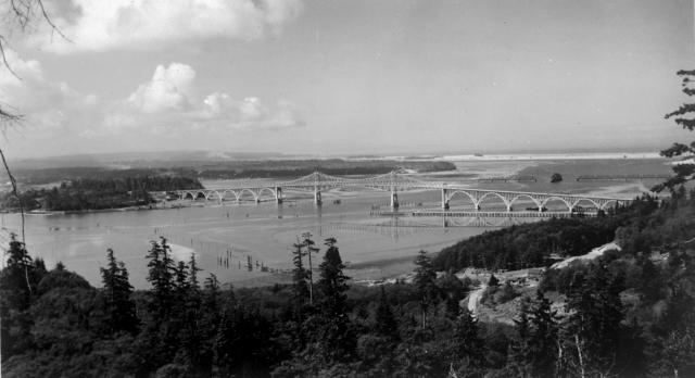 The McCullough Memorial Bridge when it was new in 1936.