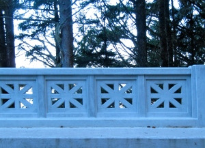 New rails on Cape Creek Bridge with star burst design.